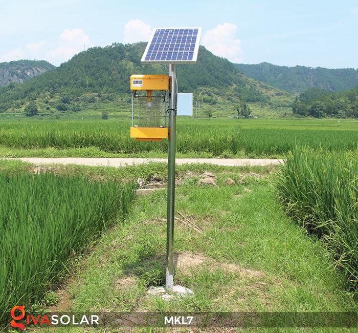 Đèn bắt côn trùng chạy năng lượng mặt trời MKL7 10