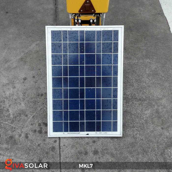 Đèn bắt côn trùng chạy năng lượng mặt trời MKL7 12
