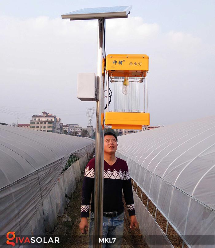 Đèn bắt côn trùng chạy năng lượng mặt trời MKL7 2