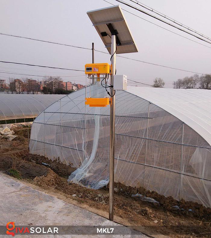 Đèn bắt côn trùng chạy năng lượng mặt trời MKL7 6