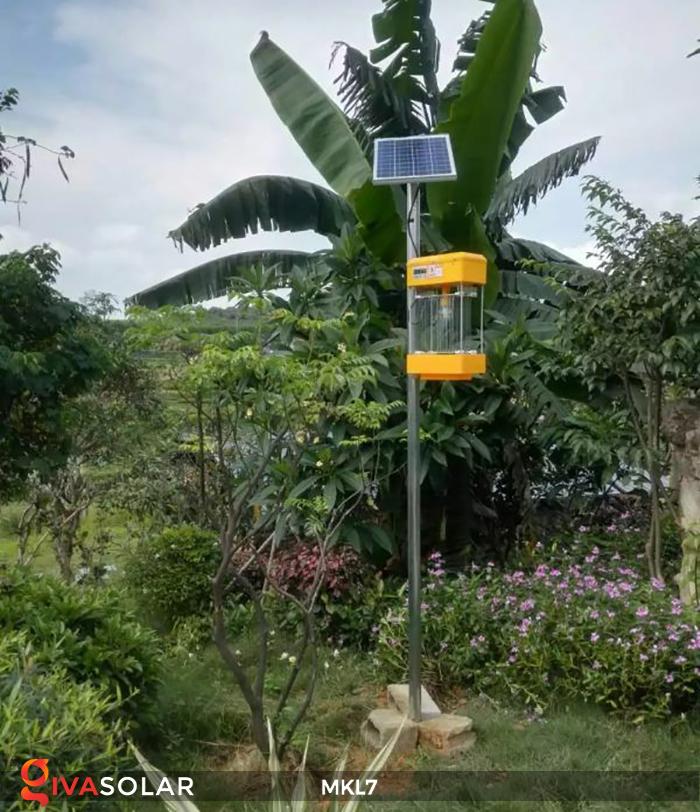 Đèn bắt côn trùng chạy năng lượng mặt trời MKL7 9