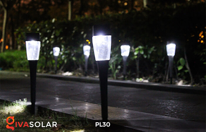 Đèn cắm cỏ năng lượng mặt trời PL30 2