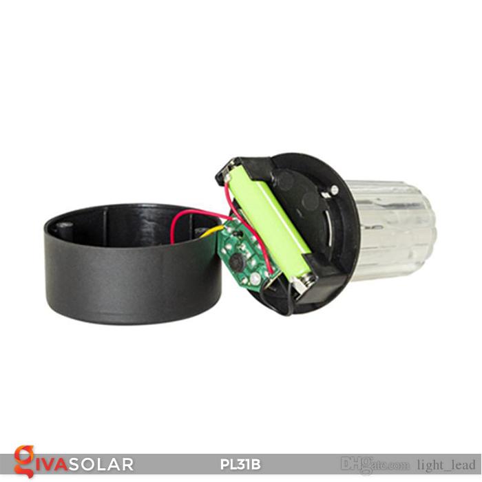 Đèn LED cắm đất sử dụng năng lượng mặt trời PL31B 19