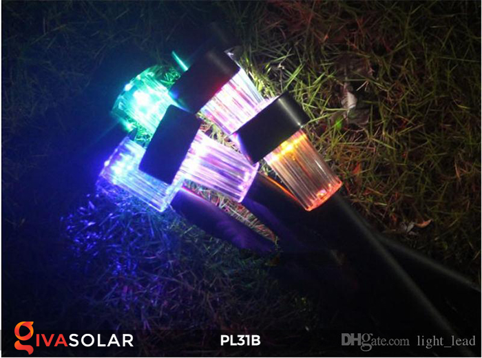 Đèn LED cắm đất sử dụng năng lượng mặt trời PL31B 5
