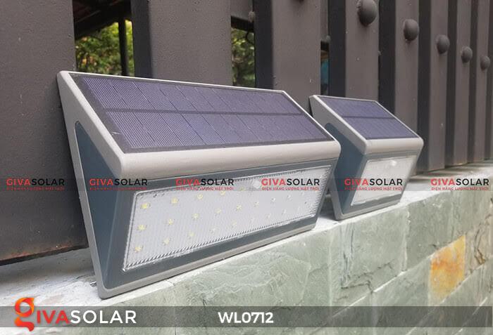 Đèn ốp tường năng lượng mặt trời WL0712 15
