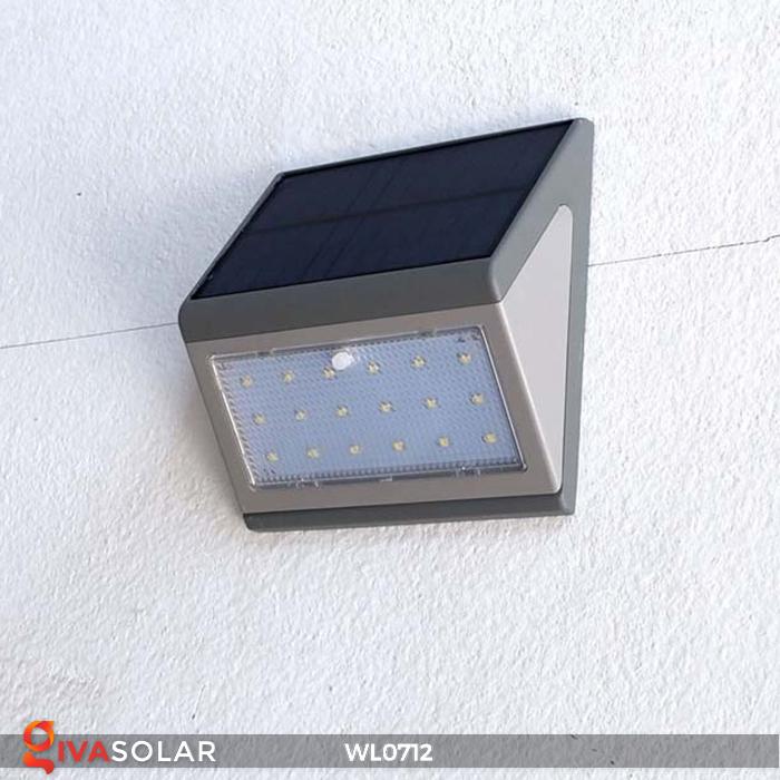 Đèn ốp tường năng lượng mặt trời WL0712 9