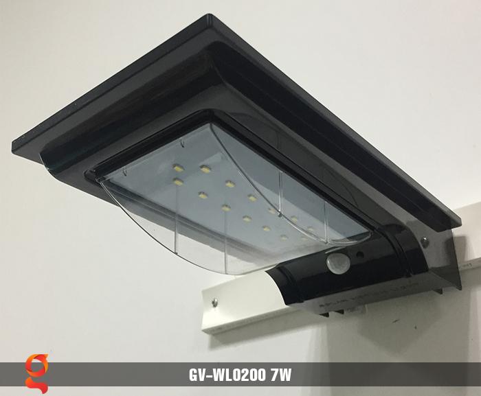 Đèn treo tường dùng năng lượng mặt trời WL0200 8