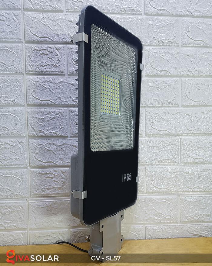 Đèn chiếu sáng đường năng lượng mặt trời SL57 4