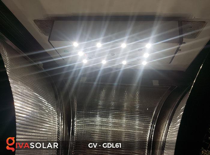 Đèn năng lượng mặt trời chiếu sáng sân vườn GDL61 11