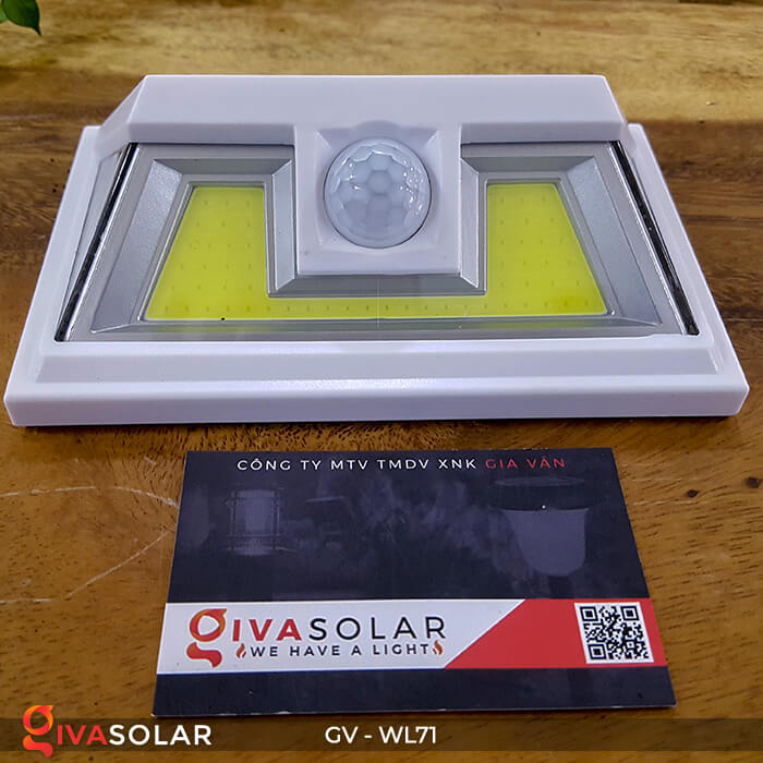 Đèn năng lượng mặt trời chiếu tường, cầu thang WL71 1