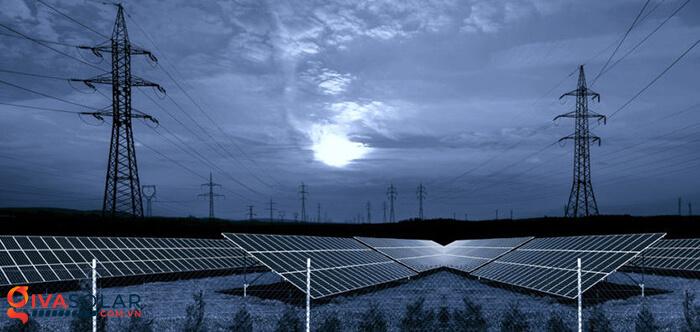 Hệ thống năng lượng mặt trời có tạo ra điện vào buổi tối không 1
