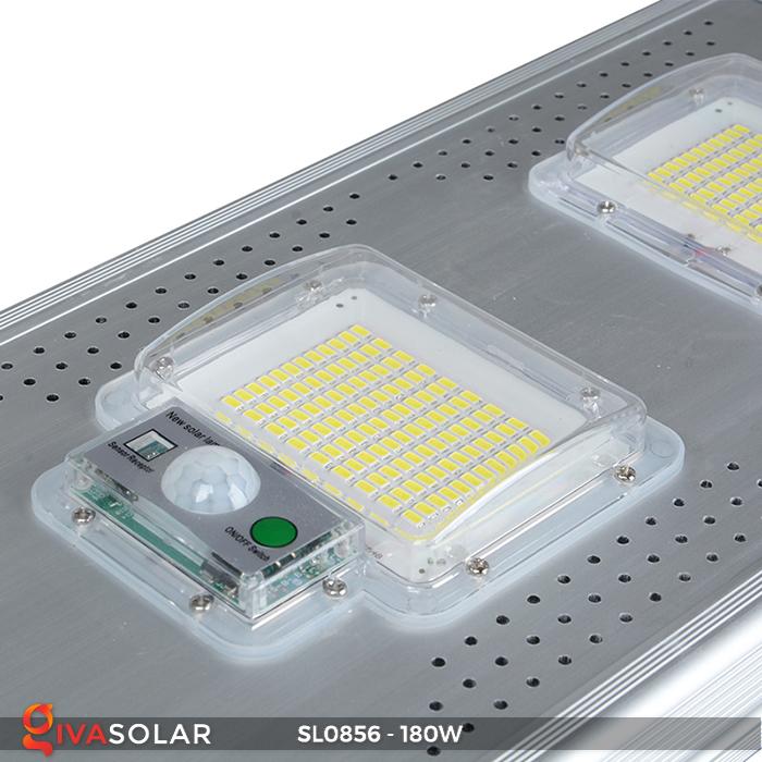 Đèn đường năng lượng mặt trời công suất lớn SL0856 10