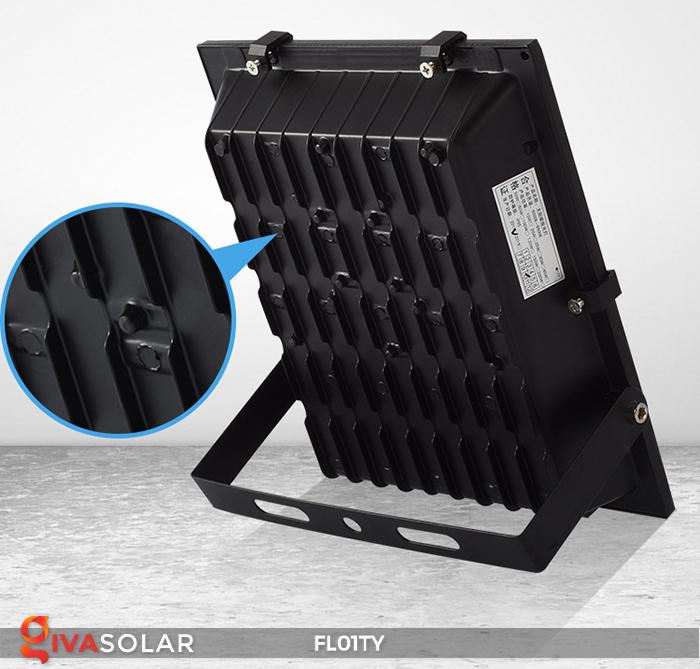Đèn pha thông minh năng lượng mặt trời FL01TY 29