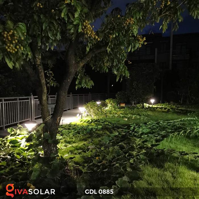 Đèn chiếu sáng sân vườn năng lượng mặt trời GDL0885 15