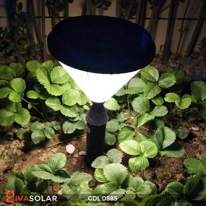 Đèn chiếu sáng sân vườn năng lượng mặt trời GDL0885 17