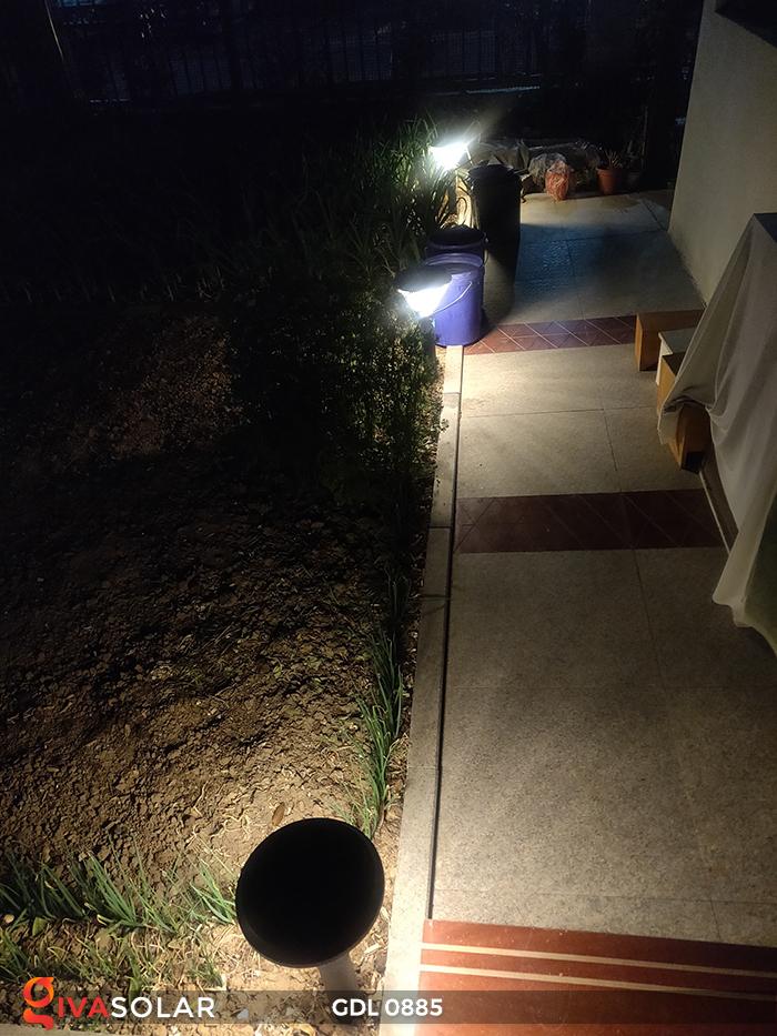 Đèn chiếu sáng sân vườn năng lượng mặt trời GDL0885 2