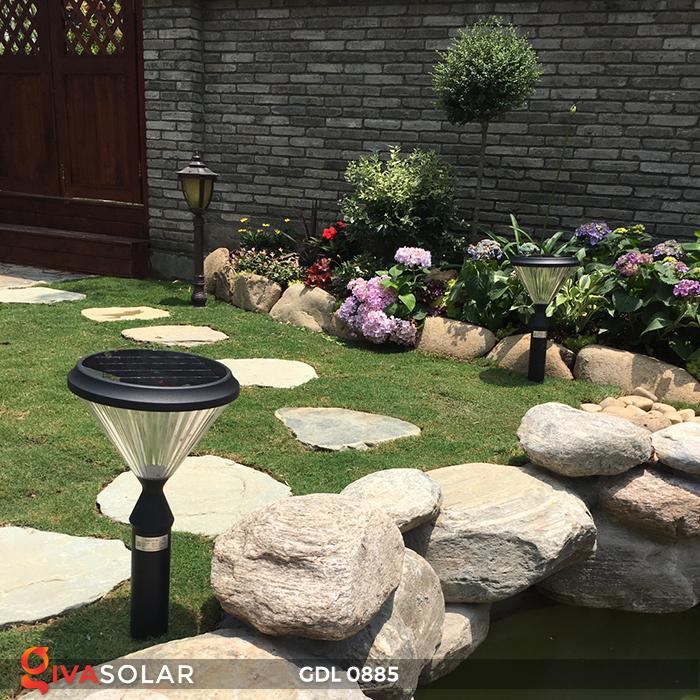 Đèn chiếu sáng sân vườn năng lượng mặt trời GDL0885 20