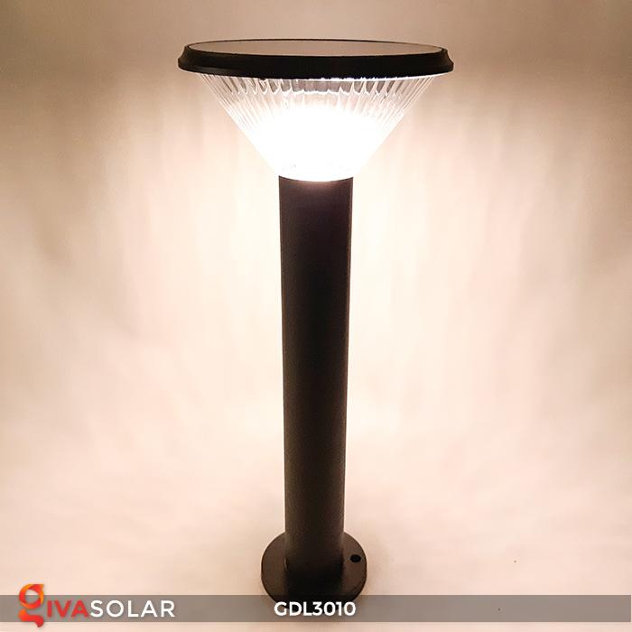 Đèn trụ năng lượng mặt trời chiếu sáng sân vườn GDL3010 1