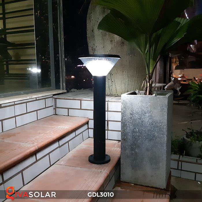 Đèn trụ năng lượng mặt trời chiếu sáng sân vườn GDL3010 3