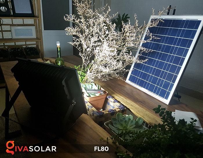 14 mẫu đèn năng lượng mặt trời trang trí sân vườn hot nhất năm 2019 10