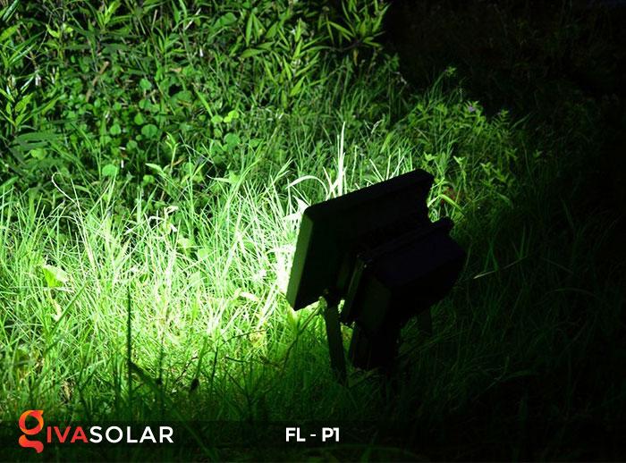 14 mẫu đèn năng lượng mặt trời trang trí sân vườn hot nhất năm 2019 9