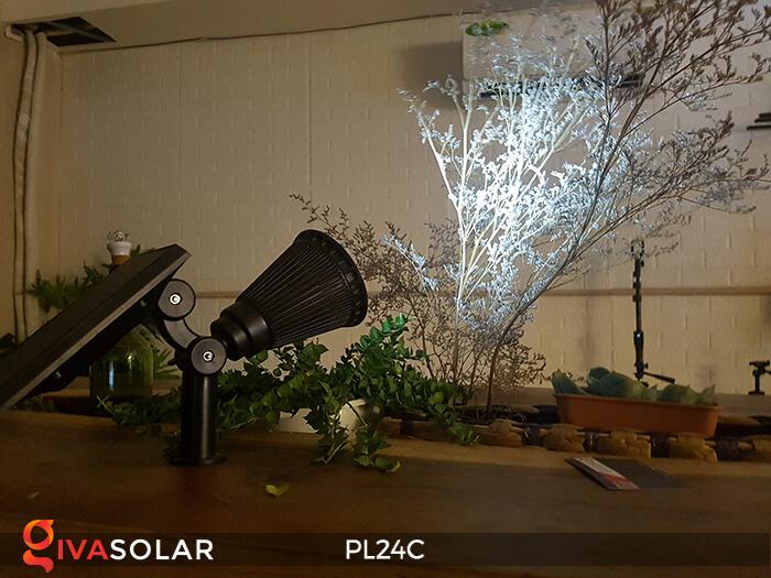 Đèn chiếu tiểu cảnh năng lượng mặt trời PL24C đổi màu 16