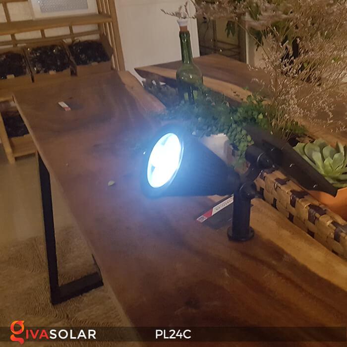 Đèn chiếu tiểu cảnh năng lượng mặt trời PL24C đổi màu 17