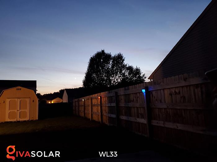 Đèn ốp tường chạy năng lượng mặt trời WL33 21
