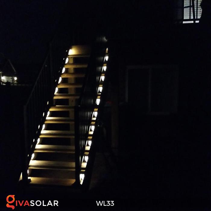 Đèn ốp tường chạy năng lượng mặt trời WL33 27