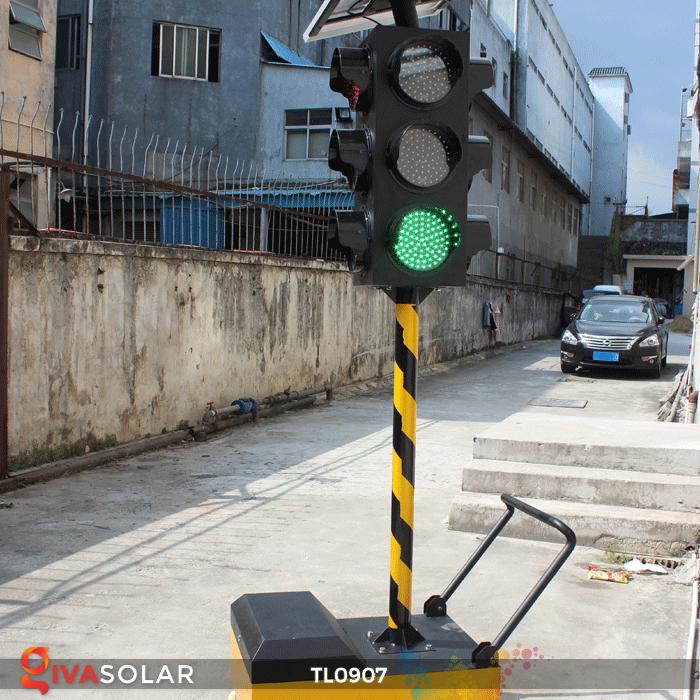 Cây đèn tín hiệu giao thông năng lượng mặt trời TL0907 7