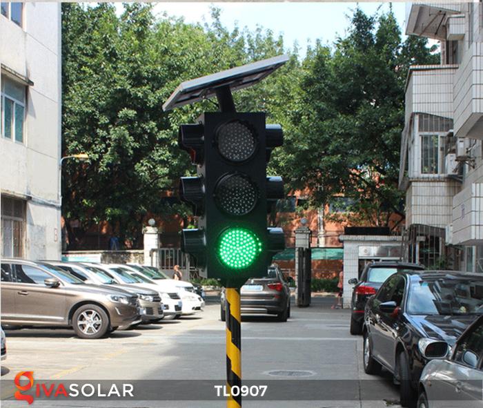 Cây đèn tín hiệu giao thông năng lượng mặt trời TL0907 8