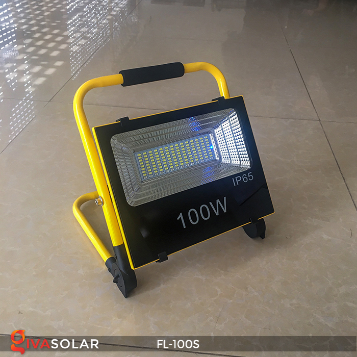 Đèn pha sạc năng lượng mặt trời FL-100S 2