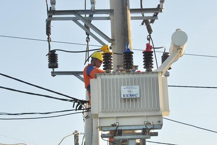 Điện áp là gì? Tăng áp điện mặt trời, tại sao bạn nên quan tâm? 3