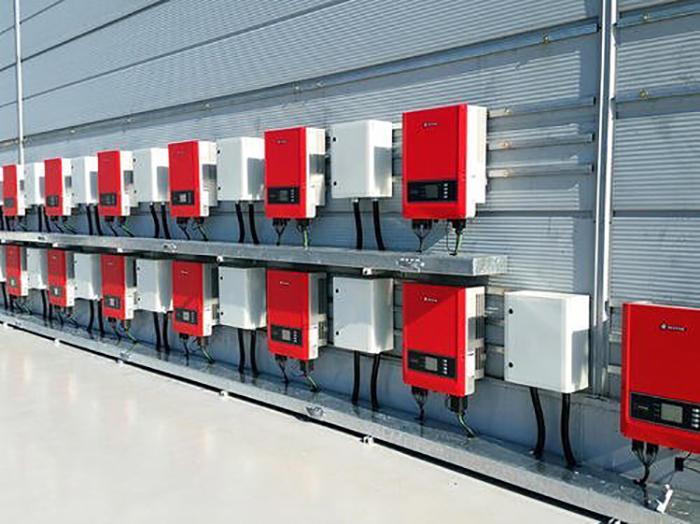 5 cấu hình cho hệ thống năng lượng mặt trời phổ biến 3