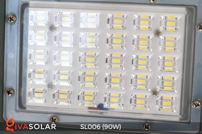 Đèn đường năng lượng mặt trời cao cấp SL006 90W 19