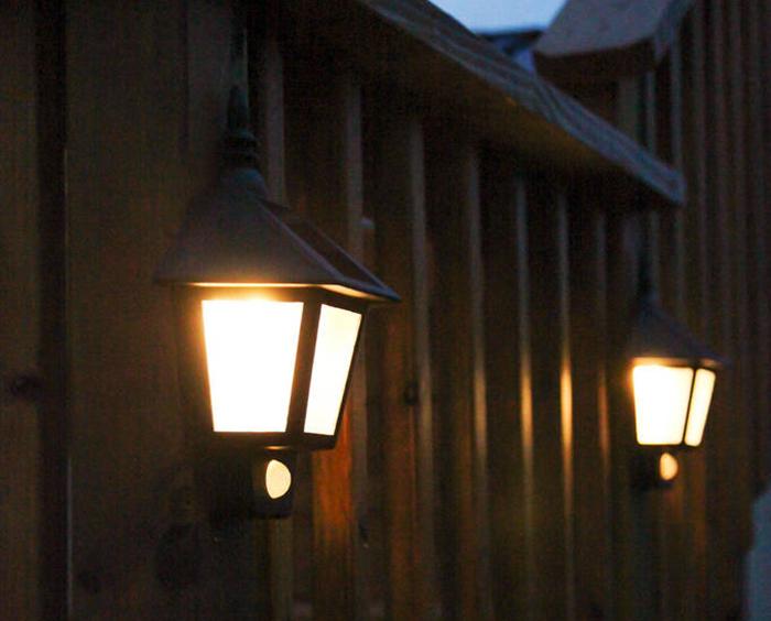 Các loại đèn sân vườn năng lượng mặt trời phổ biến