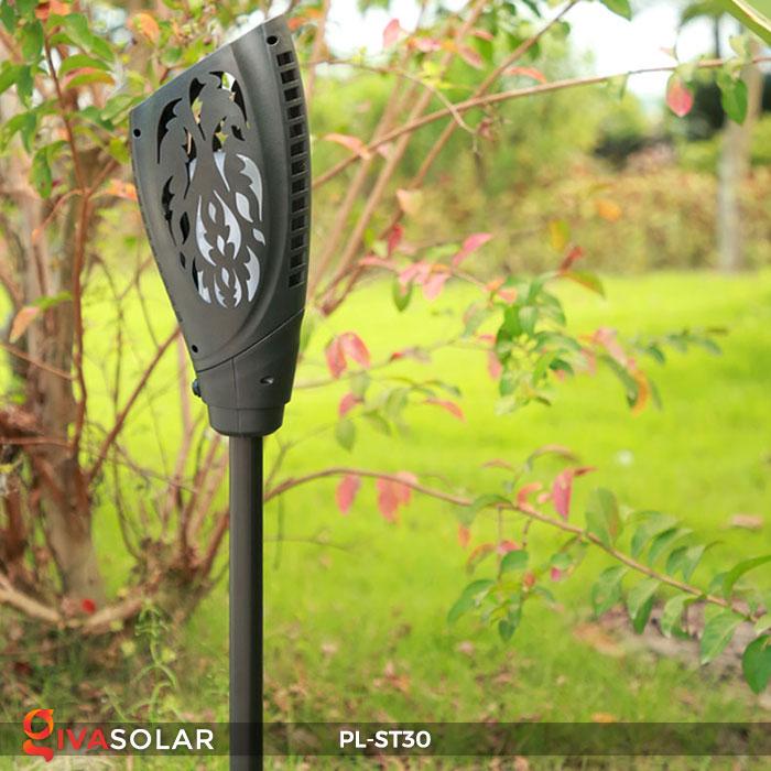 Mẫu đèn hiệu ứng đuốc sử dụng điện mặt trời