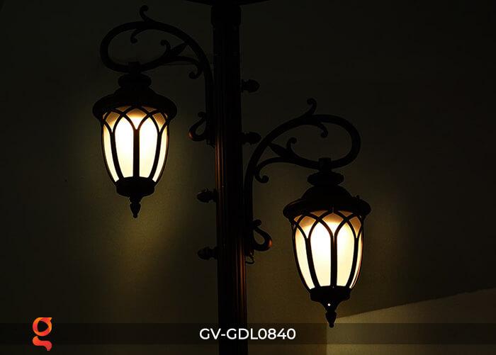 Đèn trụ sân vườn dùng điện mặt trời GDL0804