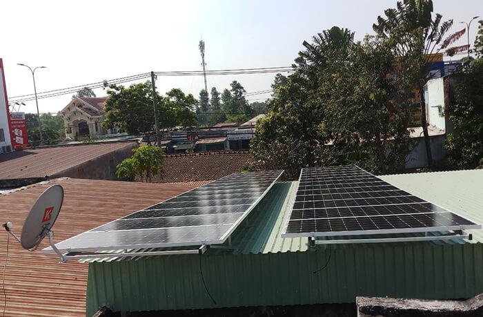 Hoàn tất hệ thống điện năng lượng mặt trời 10kW cho gia đình ở Củ Chi 1