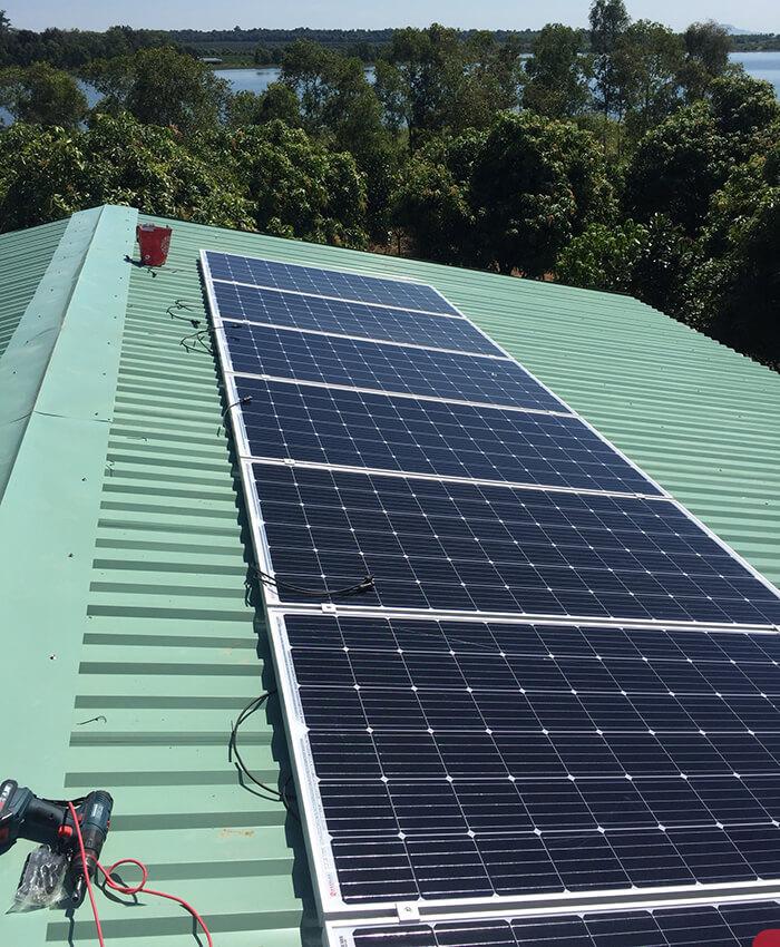 Hoàn tất lắp đặt năng lượng mặt trời độc lập 3kW tại Đồng Nai 8