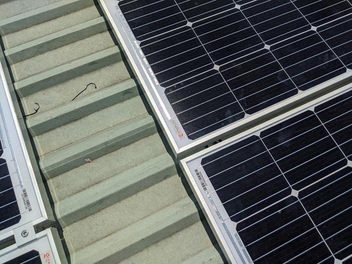 Lắp đặt hoàn tất hệ điện năng lượng mặt trời hòa lưới 10kW tại Bình Chánh 4