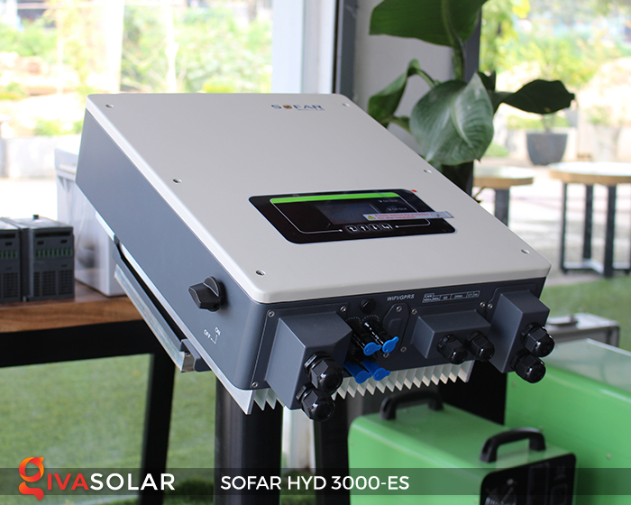 Hybrid inverter năng lượng mặt trời HYD 3000-ES 7
