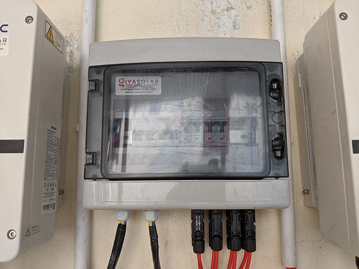 Lắp điện mặt trời áp mái 10kW cho anh Mạnh tại Củ Chi 10