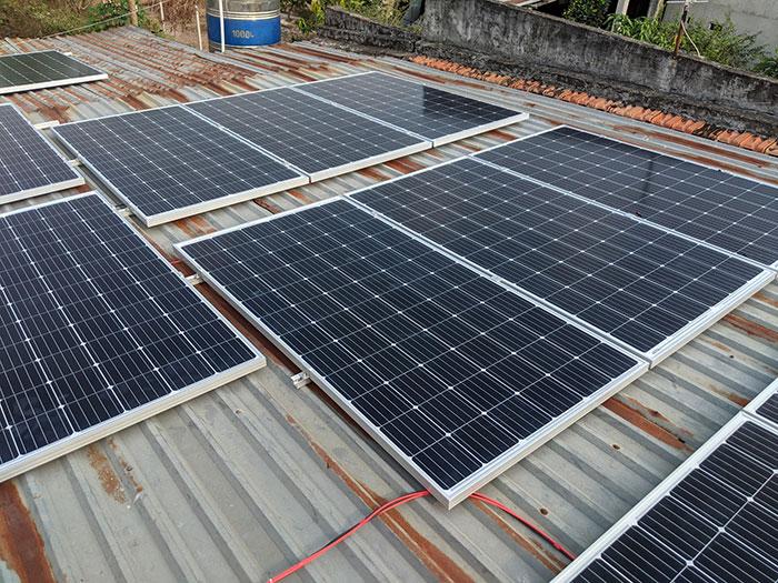 Lắp điện mặt trời áp mái 10kW cho anh Mạnh tại Củ Chi 2