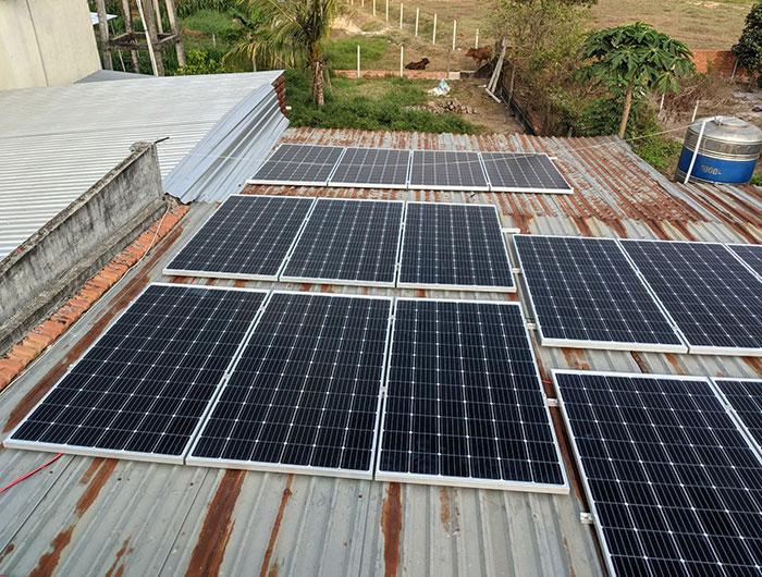 Lắp điện mặt trời áp mái 10kW cho anh Mạnh tại Củ Chi 3