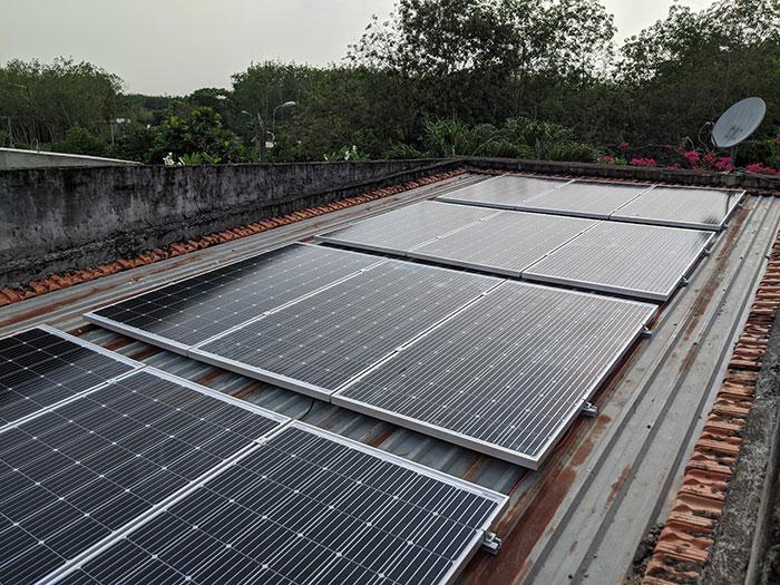 Lắp điện mặt trời áp mái 10kW cho anh Mạnh tại Củ Chi 5