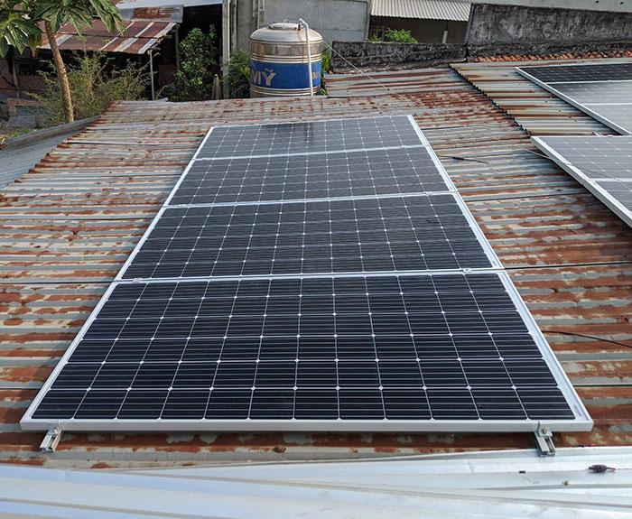 Lắp điện mặt trời áp mái 10kW cho anh Mạnh tại Củ Chi 6