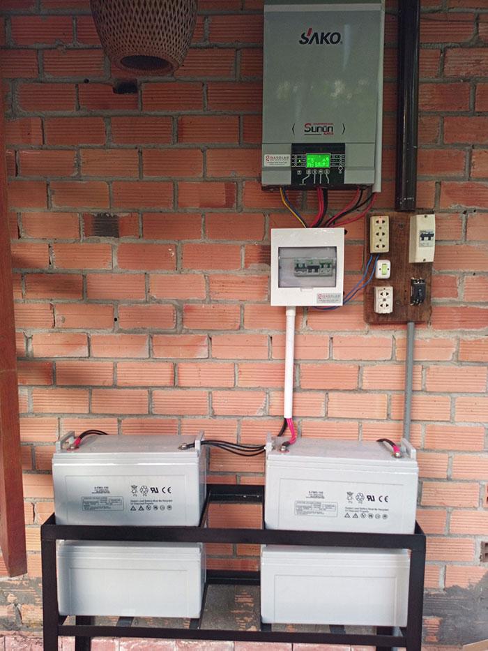 Lắp đặt hệ thống điện năng lượng mặt trời độc lập 5kW tại Tiền Giang 4
