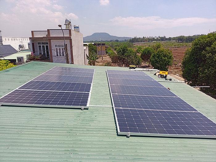 [Điện mặt trời Đồng Nai] Hoàn thành hệ thống hòa lưới 4kW cho nhà trọ 1