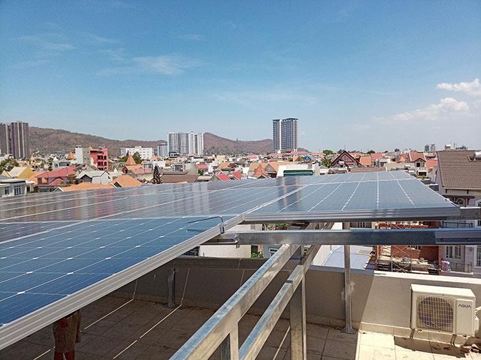 [Năng lượng mặt trời Vũng Tàu] Lắp đặt hệ thống hòa lưới 12kW kinh doanh khách sạn 12